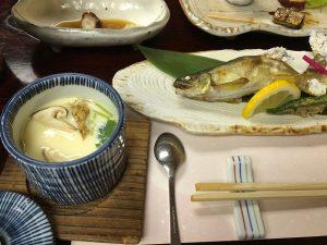 八勝園湯元館の夕食