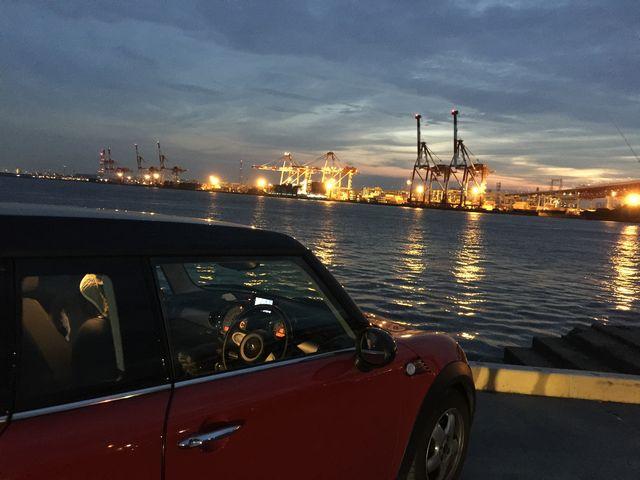 大阪港第三突堤第七岸壁 通称七岸(ナナガン)の夜景