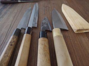 出刃包丁と柳刃