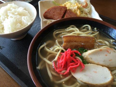 大阪の沖縄・奄美 郷土料理の店